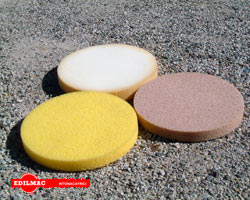 Sponges discs and plastic disc with plaster power float M 360 standard equipment
